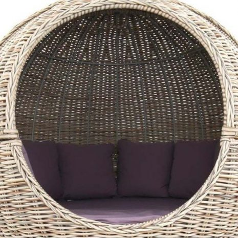Poole Rattan Apple Day Bed - Close up