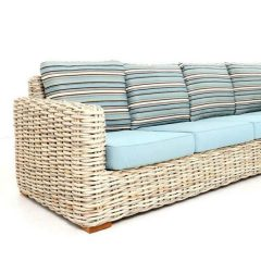 Poole Outdoor Rattan 4 Seater Sofa close up