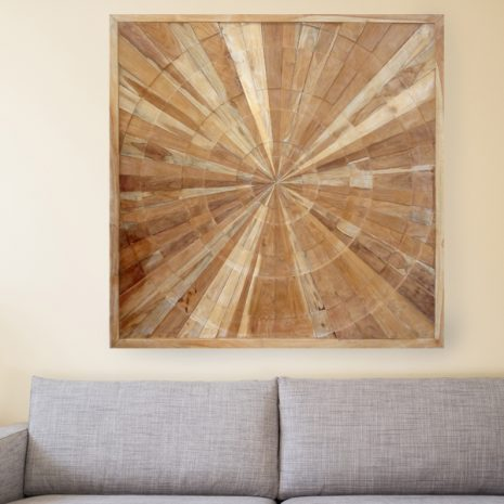 PJ_MAK_MJ373 Spiral Pattern Teak Wall Panel 100cm Square in Lounge Setting