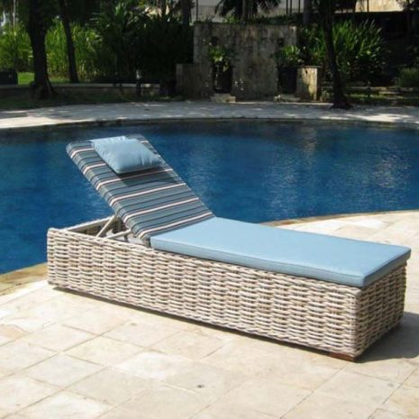 Poole Outdoor Rattan Sun Lounger